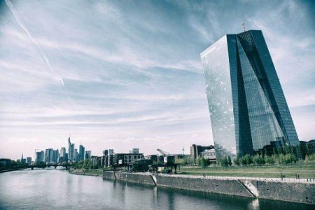 BCE: Bancile au inasprit accesul la creditare in iulie