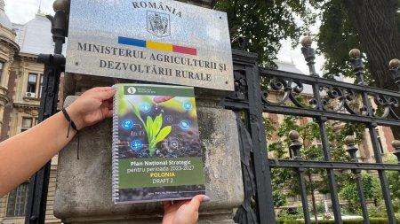 Fermierii il pun la zid pe Adrian Oros: Nu scris niciun rand din PNRR-ul pentru <span style='background:#EDF514'>AGRICULTURA</span>