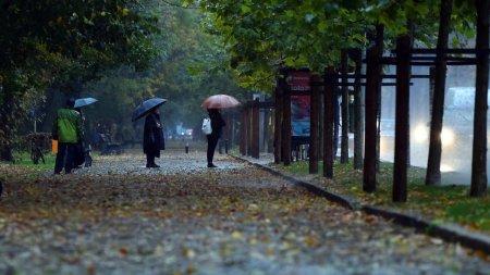 Vremea se schimba radical! Frig si ploi in perioada urmatoare. Prognoza meteo pentru luna septembrie