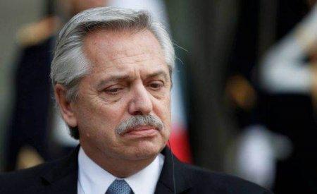 Presedintele <span style='background:#EDF514'>ARGENTINE</span>i, inculpat pentru ca a incalcat restrictiile din lockdown ca sa gazduiasca o petrecere