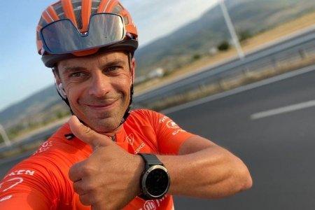 <span style='background:#EDF514'>MEDALIE</span> de argint pentru Eduard Novak la Jocurile Paralimpice, in proba de urmarire pe 4.000 metri