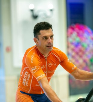 Eduard Novak a obtinut medalia de argint la Jocurile Paralimpice de la Tokyo, la <span style='background:#EDF514'>CICLISM</span> VIDEO