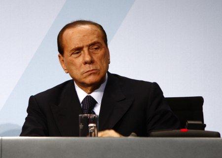 <span style='background:#EDF514'>SILVIO</span> Berlusconi a ajuns din nou la spital! In ce stare se afla fostul premier italian