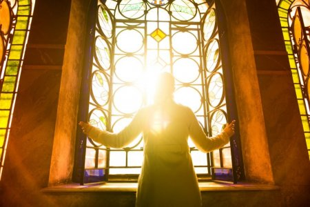 De ce <span style='background:#EDF514'>ANUL NOU</span> bisericesc incepe pe 1 septembrie. Traditii si obiceiuri la inceputul Anului Nou bisericesc