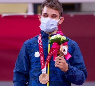 Lectia de viata a lui Alexandru <span style='background:#EDF514'>BOLOGA</span>, judoka nevazator, care a luat al doilea bronz olimpic. Nu puteam sa stau sa ma plang