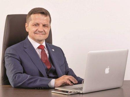 Actionarii Chimcomplex Borzesti au aprobat contractarea unor credite de 60 mil. euro de la <span style='background:#EDF514'>CEC BANK</span> si 30 mil. euro de la Alpha Bank pentru refinantarea unor imprumuturi de la banci straine pentru capital de lucru si investitii
