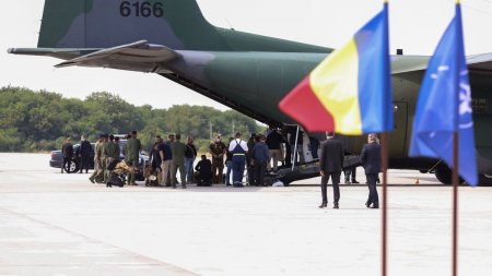 MAE anunta ca un student cu bursa in Romania si doi jurnalisti cu familiile au fost evacuati din Kabul