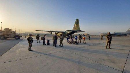 Romania a reusit sa evacueze din Kabul cinci cetateni afgani