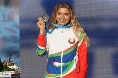 Kristina Timanouskaia si-a vandut o <span style='background:#EDF514'>MEDALIE</span> la licitatie. Cat a obtinut pe ea sportiva din Belarus refugiata in Polonia