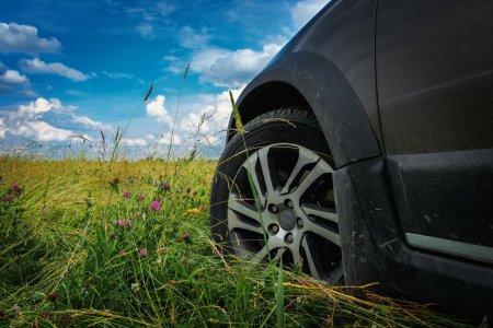 Secrete pentru soferi: de ce <span style='background:#EDF514'>ANVELOPE</span>le ALL-SEASON sunt cea mai buna alegere pentru masina ta?
