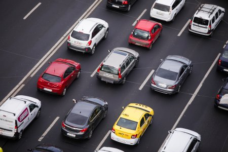 Oamenii sa renunte la masini! S-a aflat planul pe care un primar din Romania l-a pus la cale