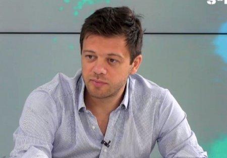 Victor <span style='background:#EDF514'>ANGELESCU</span> a intervenit dupa Rapid - CSU Craiova: Ne-am inteles deja cu el