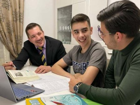INTERVIU Generatia Z. Care sunt cauzele depresiei la adolescenti si tineri? O discutie cu psihologul Mihai Copaceanu