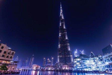 Emiratele Arabe Unite isi redeschid portile pentru turistii vaccinati din intreaga lume
