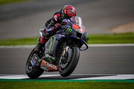 Cursa istorica la MotoGP pe traseul de la <span style='background:#EDF514'>SILVER</span>stone