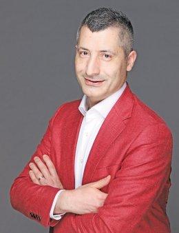 Business Magazin. Cine este Razvan Diratian, cel care conduce operatiunile <span style='background:#EDF514'>AVON</span> din Filipine si cum arata viata vazuta de la capatul celalalt al lumii
