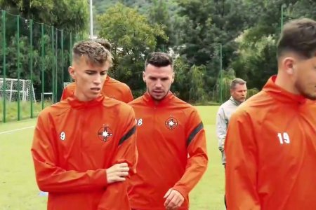 CFR Cluj, club parasit! Gestul care l-a socat pe Edi Iordanescu in dimineata meciului din <span style='background:#EDF514'>GRUIA</span>