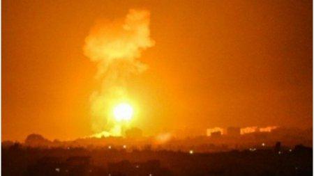 Israelul a <span style='background:#EDF514'>BOMBARDAT</span> obiective ale gruparii Hamas, din Fasia Gaza