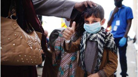 Talibanii au promis ca vor lasa oamenii sa plece din Afganistan si dupa 31 august
