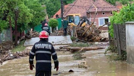 Peste 140 de case si peste 100 de anexe si <span style='background:#EDF514'>FANTANI</span> afectate de inundatii in municipiul Brasov