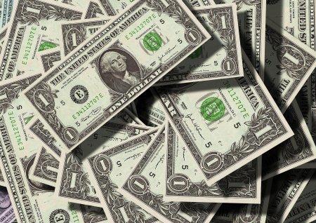 Un influencer a reusit sa stranga peste 7 milioane de dolari pentru evacuarea afganilor