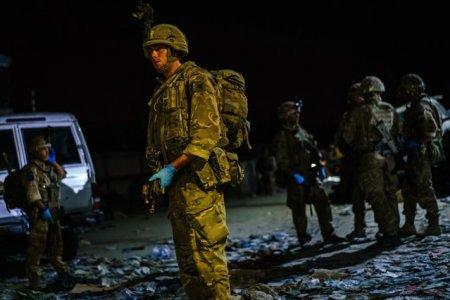 Un nou atac in Kabul. 5 rachete au fost trase spre aeroport, cu mai putin de 48 de ore inainte de retragerea SUA
