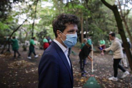 Nicusor Dan: Angajatii ALPAB au o saptamana sa curete Parcul Cismigiu. In doi ani o sa arate toate parcurile asa cum ar trebui