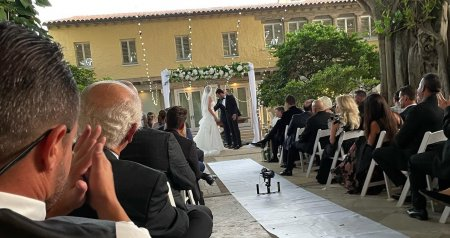 Imagini rare de la nunta Alinei Vidican cu Claude Senhoreti. Fosta sotie a lui Borcea si-a surprins invitatii
