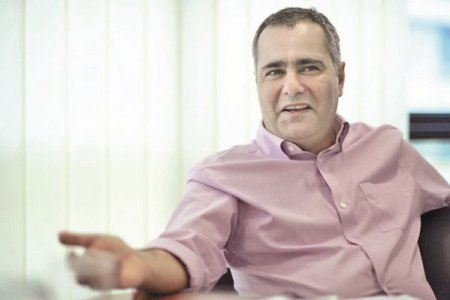 Agricover Holding, afacere din <span style='background:#EDF514'>AGRICULTURA</span> controlata de antreprenorul Jabbar Kanani, a incheiat primul semestru cu venituri din activitati comerciale de 698 milioane lei, in crestere cu 25%, si un profit net de 36,6 milioane lei