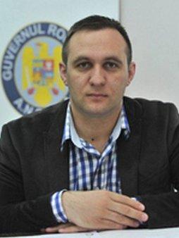 APC solicita demiterea lui Mihai <span style='background:#EDF514'>PONEA</span> din functia de director general DGSA in ANSVSA