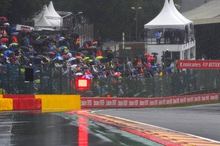 <span style='background:#EDF514'>HAMILTON</span> despre cursa de la Spa-Francorchamps: A fost o farsa