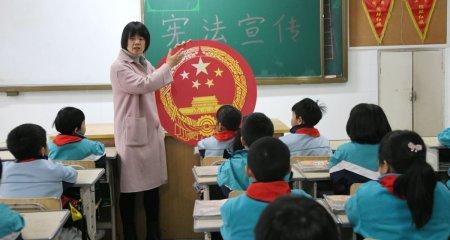Examenele scrise pentru elevii de 6 si 7 ani, interzise in China
