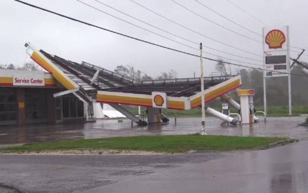 Uraganul Ida a lovit <span style='background:#EDF514'>LOUISIANA</span> la exact 16 ani dupa ce a fost devastat de Katrina: Una dintre cele mai violente furtuni
