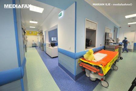 <span style='background:#EDF514'>CAT COSTA</span> internarea in spital alaturi de un copil mai mare de 3 ani