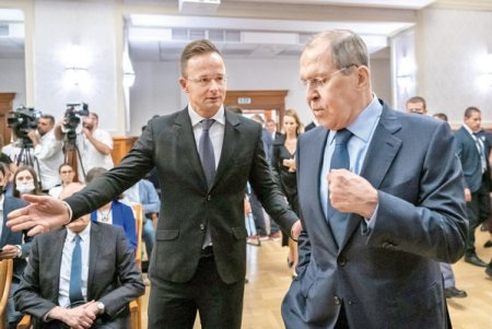 Gaze, energie nucleara, vaccinuri anti-COVID, imaginea de partener apropiat al unei superputeri, Ungaria ramane unul din putinii aliati ai Rusiei in Europa. Cele doua tari sunt unite prin faptul ca ambele au relatii tensionate cu Bruxellesul