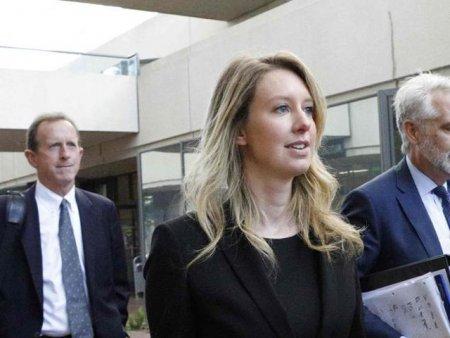 Procesul femeii care se visa Steve Jobs. Acuzata de cea mai mare inselatorie medicala, Elizabeth Holmes risca 20 de ani de inchisoare