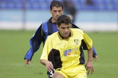 De la <span style='background:#EDF514'>ZANET</span>ti la schizofrenie » Drama lui Aurel Ghindaru, titular in dubla Inter Milano - FC Brasov din 2001: Crede ca va fi antrenorul Barcelonei. Familia acuza doctorul, acesta raspunde taios