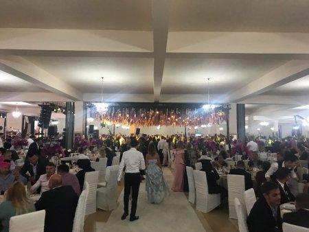 Nunta cu 1.700 de invitati intr-o comuna din Satu Mare, aflata de azi in scenariul rosu. Amenda de 5.000 de lei pentru organizator