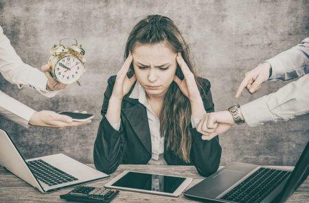 De ce este important sa recunoastem cand suntem obositi: Munca in exces, asociata cu moartea a 745.000 de persoane anual