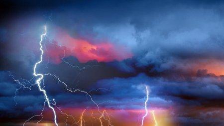 MAE a emis o avertizare de calatorie in Spania. Se anunta precipitatii abundente si <span style='background:#EDF514'>FURTUNI</span>