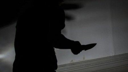 Un copil de 13 ani a fost injunghiat in zona gatului de unchiul sau recidivist, in Ijdileni, Galati