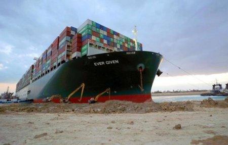 Criza containerelor a aruncat in aer costurile la transportul pe apa al marfurilor