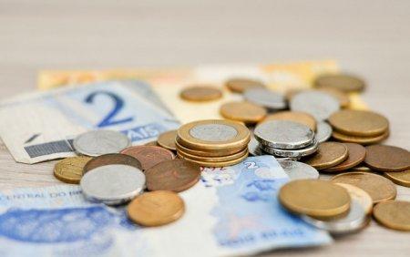 Primii bani de la UE pentru redresarea economiei vor intra in octombrie. Ce planuri au <span style='background:#EDF514'>DEMNITARI</span>i cu ei