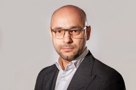 ZF IT Generation. <span style='background:#EDF514'>INVESTOR</span> Watch. Cristian Munteanu, managing partner, Early Game Ventures: In 2021 vom investi circa 10 mil. euro per total in start-up-uri noi si in runde de tip follow-up