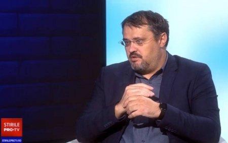 Cristian Ghinea: Cineva trebuie sa explice ca am blocat banii de autostrazi ca sa nu blocam <span style='background:#EDF514'>PENSIILE SPECIALE</span>