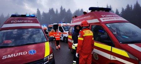 Accident intre un microbuz si un TIR, cinci victime