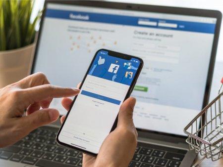 Facebook reduce vizibilitatea continutului politic