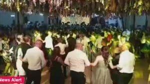 Nunta cu 1.700 de invitati. Politistii au venit si ei cu darul