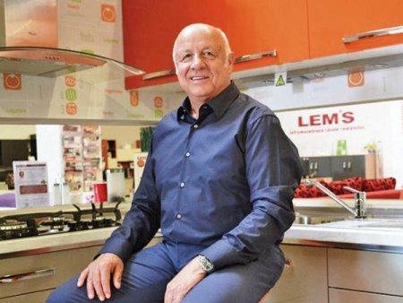 Antreprenori locali. Producatorul de mobila Lemet a facut afaceri de peste 140 mil. lei in S1/2021, plus 46%. A accelerat trendul comenzilor online. Compania a demarat un proiect de investitii in energie verde, iar in luna decembrie a acestui an va fi data in folosinta o noua hala de productie