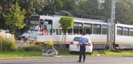 Tramvai deraiat in Capitala, doi raniti grav